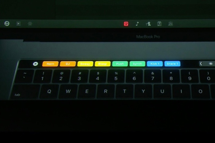 macbook-touch-bar-1